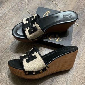 TORY BURCH Wedge Sandals Size 10